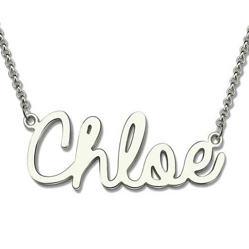 Collier prénom Style Cursive en Argent Massif 925, ce sublime collier est aussi disponible en plaqué Or jaune et plaqué Or rose 18 carats