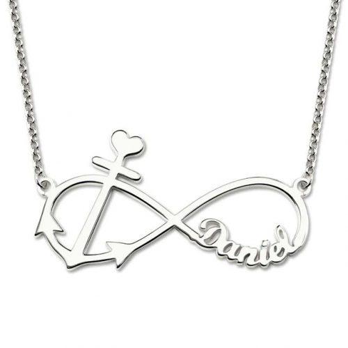 Rendez ce magnifique ce collier prénom Infini Ancre Marine unique, en y ajoutant le prénom d'une personne chère à vos yeux, et portez le près de votre coeur