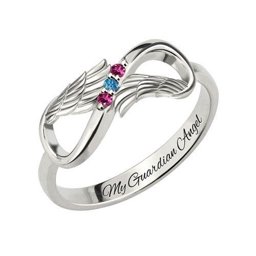Laissez-vous séduire par cette sublime bague prénom infini aile d'ange à personnaliser, déclaration pour votre bien-aimée symbole d'amour et d'élévation