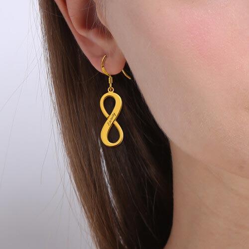 Boucles d'oreilles infini à personnalise un bijou tendance et sur mesure