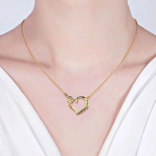 Collier personnalisé prénom coeur infini le cadeau à offrir à votre bien-aimée pour son anniversaire ou bien pour la fête des mères
