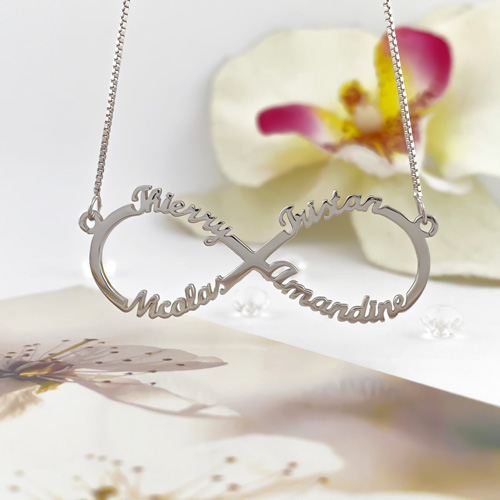 Bijou infini personnalisé avec prénom collier en argent