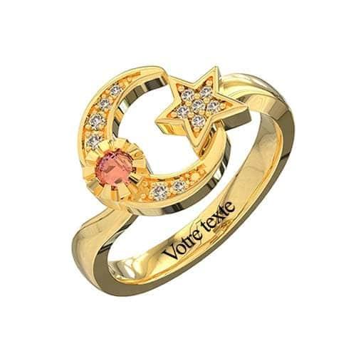 Bague croissant de lune à personnaliser en plaqué Or, un bijou tendance et personnalisable disponible aussi en argent Massif 925, ou plaqué Or rose