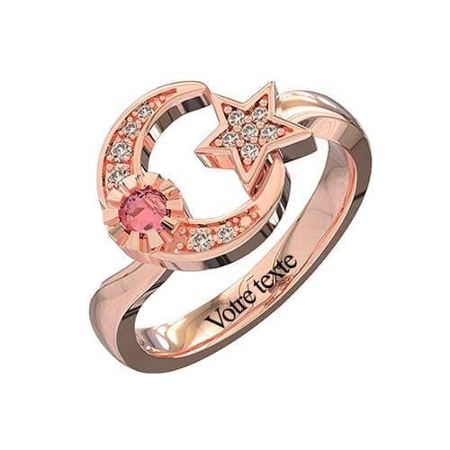 Bague croissant de lune à personnaliser en plaqué Or rose, un bijou tendance et personnalisable disponible aussi en argent Massif 925, ou plaqué Or