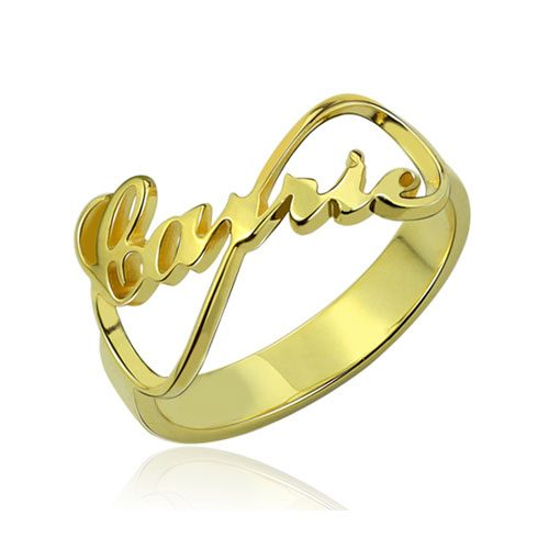 Bague prénom infini personnalisée en plaqué Or, symbole d'amour, à offrir aux personnes qui vous sont chères, un cadeau qui saura résister aux épreuves du temps