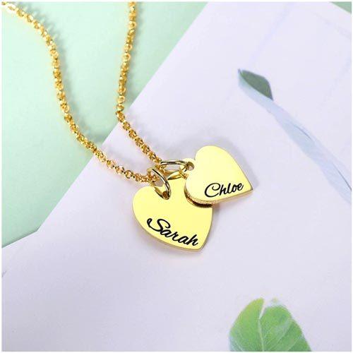 Collier 2 coeurs personnalisé en plaqué Or 18 carats pour la fête des mères