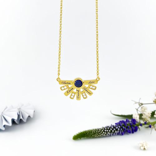 Collier personnalisable avec 5 inscriptions bijou pour la fête des mères