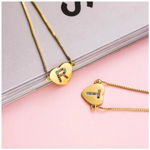 Bracelet coeur initiale personnalisable avec la lettre de l'alphabet de votre choix